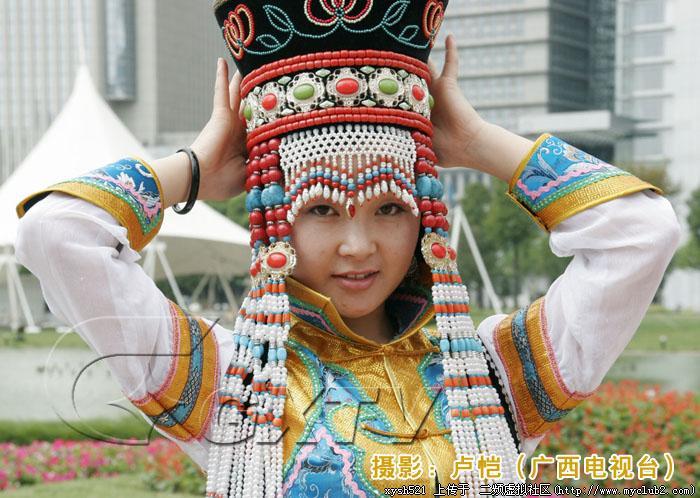 中国56个民族服饰图片